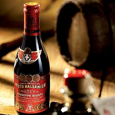 6 lahví ve výhodném balení Aceto Balsamico: Il Denso